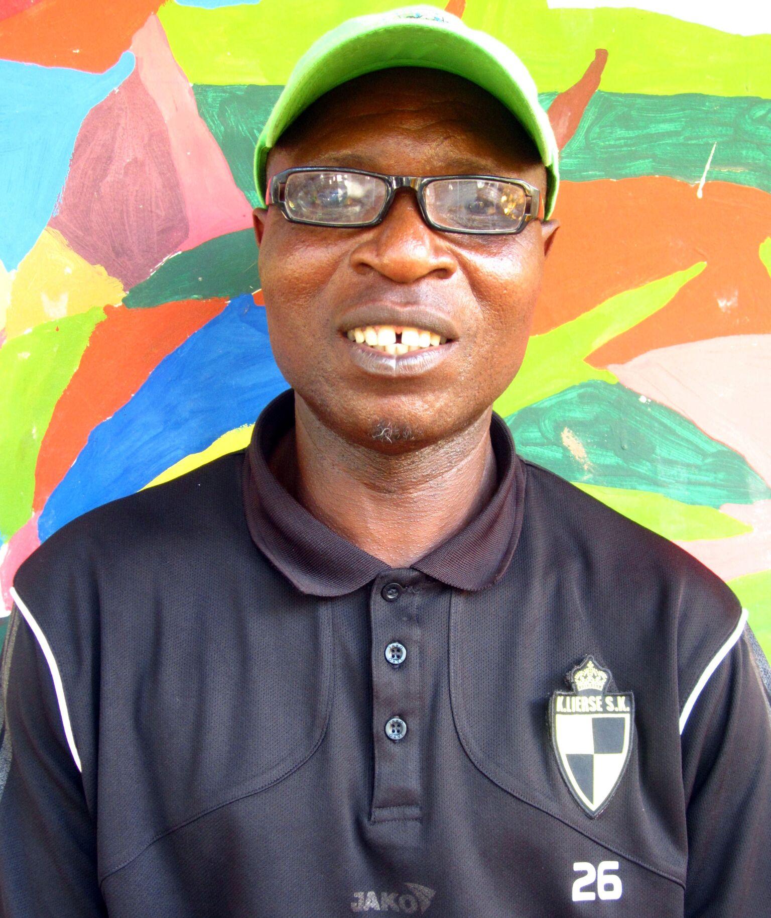 Lamine Jammeh - Batik teacher
